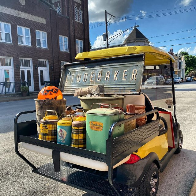 "Have you ever been Pickin in a ""Golf Cart?"" 😂🙌 Only in New Harmony Indiana can you pick up your vintage buys in your golf cart! If you have or know of other places in the USA 🇺🇸 I'd love to know about it! 🛺 🛺 🛺 #myvintageviews #antiquelife #americanpickers #pickerslife #newharmonyindiana #indianaantiques #indianaantiqueshops #mainstreetusa #myvintagelife #antiqueshop #lootshoot #vintagehaul #visionsofvintage_ #campinglife #vintagethermos #architecturalsalvage #studebaker #firehouseantiques #visitindiana #visitnewharmony"