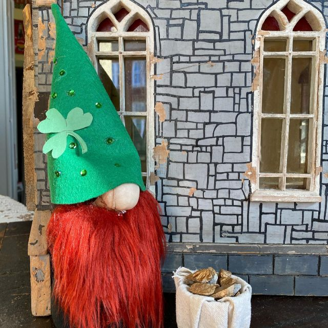 Visit New Harmony for a leprechaun scavenger hunt during Shamrock Days March 13th & 14th! There will be 10 of these hiding in town businesses & outdoors. Lots of small town activities 🍀More info on VisitNewHarmony.com  Cash Prizes for Leprechaun Hunt & Shops & Restaurants open, special events too!  🍀 🍀 #firehouseantiques  #visitindiana  #visitnewharmony  #visitposeycounty  #leprachauns  #newharmonyindiana
