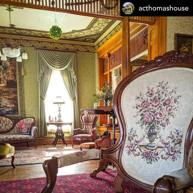 ⭐️⭐️ #INTERIORTHURSDAYS ⭐️⭐️ Absolutely stunning! 🥰 Thanks to  acthomashouse for tagging! •••••• Did you make it to our Murder Mystery Dinner last weekend? Our guests had the most incredible time! If you missed out on this one, you can book your very own Murder Mystery at A.C. Thomas House! We will help you create an epic, mysterious event, just for you and your friends. Contact us today at (812) 682-6110. . . . #visitindiana #indiana #bnb #visitposeycounty #visitnewharmony #newharmony #historic #historichomes #historicpreservation #oldhouses #oldhouselove #interiorthursdays #theamericanhome #antiques 🔹🔹🔹🔹 Thanks for following! Every Thursday I love to show off those amazing old house interiors and details! 💥 Keep tagging #oldhouselove & #interiorthursdays for a feature!